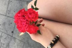 Ein überraschender Blumenstrauß von ihm (Emely Hausen)